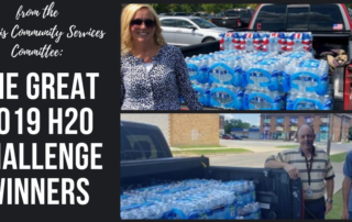people with truckbeds of water to donate